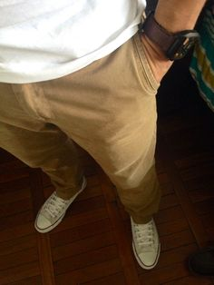 Casual outfit: White converse. brown pants (kidsmadehere), white shirt (21men), brown/black fossil.