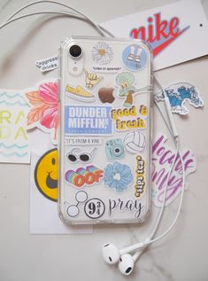 Try out the trend with this super fun and easy to-do DIY! Plus a free printable template! Girly Phone Cases, Pretty Iphone Cases, Diy Phone Case, Iphone Phone Cases, Phone Covers, Kawaii Phone Case, Mobile Stickers, Phone Stickers, Diy Stickers