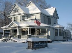 James Dean Gallery in Fairmount Indiana looks beautiful in the snow.  Grant County Indiana.