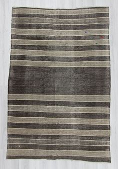 Vintage handwoven striped kilim rug from Afyon region of Turkey. İn very good condition. Approximately 50-60 years old.