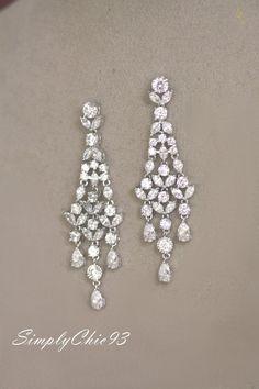 Cubic Zirconia Bridal Earrings,Chandelier Earrings, Crystal earrings, Wedding earrings, Art Deco, Clear, Vintage jewelry, Luxury Jewelry