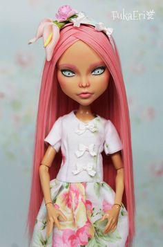 Monster High Custom Repaint Art doll OOAK Kleo De Nile