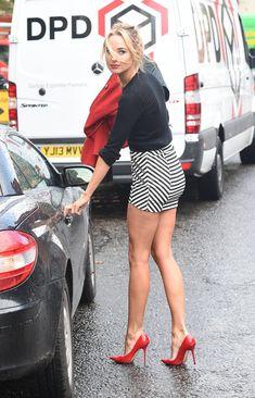 Kimberley Garner Street Style – out & about in Tight Skirt in Chelsea Mini Skirt Dress, Sexy Skirt, Mini Skirts, Kimberley Garner, Sexy Legs And Heels, Sexy High Heels, Classy Heels, Great Legs, Beautiful Legs