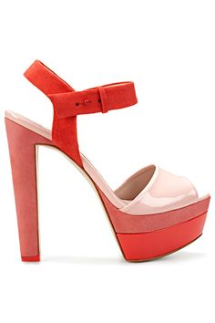 #ladybird2turtle #pinadaysep #high high heels