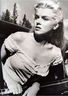 Marilyn Monroe in The River of No Return (1954)