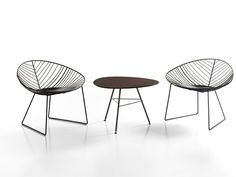 Sled base steel garden armchair Leaf Collection by Arper | design Lievore Altherr Molina