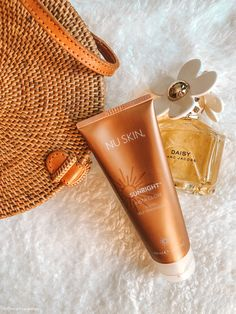 Sunright® Insta Glow Tinted Self-Tanning Gel Nu Skin, Daisy Jacobs, Bronze Skin, Loving Your Body, Skin Tips, Glowing Skin, Body Care, Health And Beauty, Skin Care