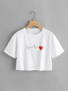 Shop Heart Print Crop Tee at ROMWE, discover more fashion styles online. Cute Outfits For School, Cute Girl Outfits, Cute Casual Outfits, Outfits For Teens, Stylish Outfits, Girls Fashion Clothes, Teen Fashion Outfits, T Shirt Crop Top, Belly Shirts