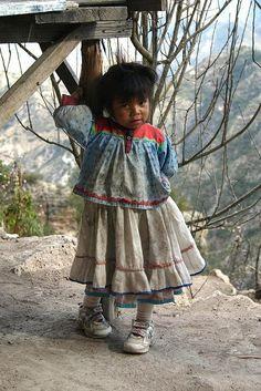Tarahumara child, Mexico - by Steve Dennis, USA
