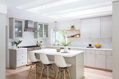 beautiful, neutral kitchen