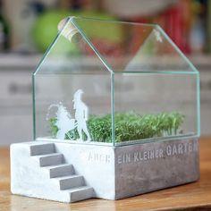Love this little herb planter by Räder Design