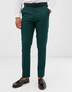 Browse online for the newest ASOS DESIGN skinny smart pants in dark forest green styles. Shop easier with ASOS' multiple payments and return options (Ts&Cs apply). Green Pants Men, Grey Pants, Asos, Dark Forest, Trends, Mode Online, Green Fashion, Mens Clothing Styles, Trousers