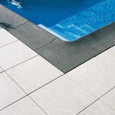 Zwembadrand elementen
