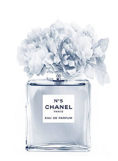 Chanel Perfume N 5 Indigo 2 Poster Chanel Wallpapers, Cute Wallpapers, Chanel Wall Art, Black And White Aesthetic, All Poster, Culinary Arts, Kristina Webb, Mode Inspiration, Wall Collage