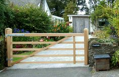 Custom Oak 5 bar Gate
