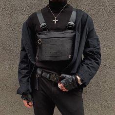 Which chest rig fit? Punk Fashion, All Fashion, Korean Fashion, Fashion Outfits, Street Fashion, Tomboy Outfits, Grunge Outfits, Editorial Fashion, Menswear
