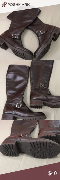 Vintage Brown Leather Boots Made in Italy Preloved and broken in, but still in very good condition. Very comfortable. Photo shows loose threading in zipper on Ankle but the boots are still able to be zipped and unzipped. Priced accordingly Vintage Shoes
