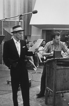 Frank Sinatra with arranger Nelson Riddle at a Capitol Records recording session, c. Nelson Riddle, Dave Brubeck, Sammy Davis Jr, Music Happy, Quincy Jones, Ella Fitzgerald, Capitol Records, Easy Listening