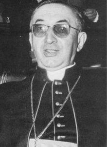 """Jean-Marie Villot (1905 – 1979) was a French Cardinal of the Roman Catholic Church. During World War II, Gerlier condemned Pierre Laval's deportation of Jews  to Nazi  death camps, the severe conditions of which he also opposed. Moreover, he asked that religious orders take Jewish children into hiding. For his efforts to save Jews during World War II he was posthumously awarded the title Righteous among the Nations by Yad Vashem in 1981."" histori, heror, holocausto, decenc, informativepeopl, children, camps, forget, cardinals"