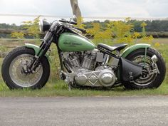 great color harley bobber