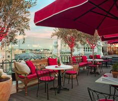 The Principal Madrid: rooftop terrace with great food, the place to mix with the after work crowd