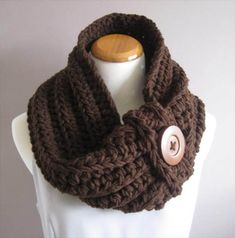9 Easy Crochet Cowls for Women's – 101 Crochet