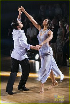 Val Chmerkovskiy & Tamar Braxton's DWTS Rumba Looks Even More Amazing In Pictures - See Them Here! | tamar braxton val chmerkovskiy rumba dwts pics practice 08 - Photo