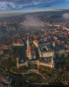 Budapeşte MACARİSTAN #eBs1903 #hungary #budapest #architecture #vintage #history #city
