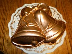Vintage Aluminum Wedding Bell~Holiday Bell Jello Mold~Vintage Copper Kitchen Wall Decor~Bell Shaped Wall Decor~Hang in a Group or By Itself
