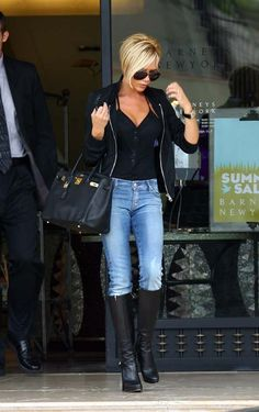 Victoria Beckham Shopping at Barney's Los Angeles June 4 2007