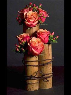 Cherry Brandy Roses and Hypericum Berries. My Flower, Fresh Flowers, Flower Art, Flower Power, Beautiful Flowers, Pretty Roses, Fall Flowers, Simply Beautiful, Deco Floral