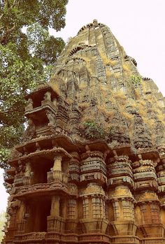 Temple Ruins, Jain Temple, Indian Temple, Beautiful Ruins, Indian Architecture, Lost City, 15th Century, Pilgrimage, Deities