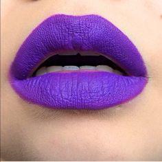 LA Splash Lip Couture in Criminal