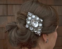 Crystal hairpiece by AshleighMalangoneNY #wedding #bridal #bride #headpiece #hairpiece