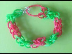 Eenvoudige, tweekleurige armband maken met Loom bandjes met een Loom bord