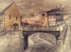 "Sibiu, the ""Liars Brigde"" - the oldest cast-iron bridge in Romania. Susa, Romania, Dan, Old Things, Louvre, It Cast, Building, Photography, Travel"