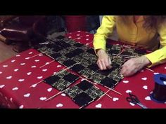 Kuinka punotaan 3 - palan pohja hakapunos laukkuun - YouTube Picnic Blanket, Outdoor Blanket, Candy Wrappers, Upcycle, Recycling, Origami, Christmas Tree, Holiday Decor, Youtube