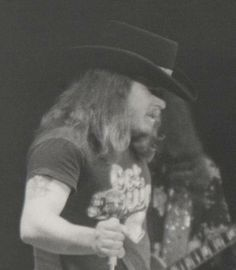 Ronnie Van Zant, Southern Men, Common People, Rock And Roll Bands, Lynyrd Skynyrd, Great Bands, Music Is Life, 1970s, Memories