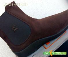 Obuwie damskie z praktycznymi gumkami w bocznej części cholewki co ułatwia jego zakładanie i zdejmowanie. Cholewka wykonana z materiału opatenowanego Lytech, który dzieki swojej miękkosci i elastyczności pozwala na swobodę dopasowania. Chelsea Boots, Ankle, Shoes, Fashion, Moda, Zapatos, Wall Plug, Shoes Outlet, Fashion Styles