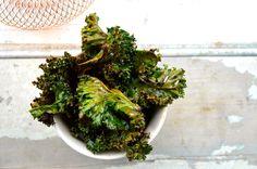 smoked paprika kale chips