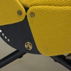 318: Osvaldo Borsani / P40 lounge chair < Modern Design, 18 October 2012 < Auctions | Wright