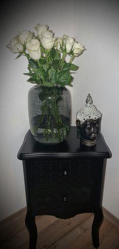 Vase, Home Decor, Table, Dekoration, Decoration Home, Room Decor, Vases, Home Interior Design, Home Decoration