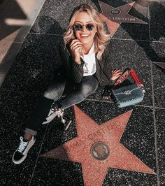 Los Angeles is home to a lot of things beaches trendy restaurants malls museums theme parks concert venues and sports teams. Photo Usa, Los Angeles Pictures, California Pictures, Los Angeles Travel, Usa Tumblr, Hollywood Walk Of Fame, Hollywood Sign, Photo Instagram, Instagram Feed