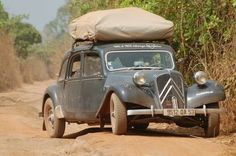 Citroen Traction, Traction Avant, Citroen Ds, Cars And Motorcycles, Antique Cars, Automobile, Classic, Vehicles, Euro