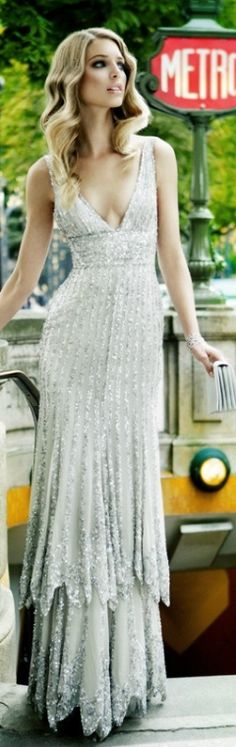 Evening Glamour: ELIE SAAB Silver Glamour Gown perfection