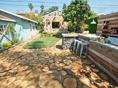 15 Before-and-After Backyard Makeovers | Landscaping Ideas and Hardscape Design | HGTV