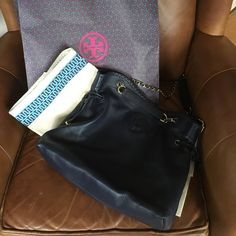 Authentic Tory Burch navy leather handbag Authentic Tory Burch navy leather handbag barely used excellent condition Tory Burch Bags Shoulder Bags