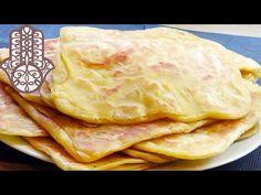 Pratique pour être transporté lors d'un pique-nique, le msemen est une crêpe marocaine à base de semoule et de farine qui peut se faire aussi bien en version sucrée que salée. On peut le garnir à sa convenance avec des légumes, de la viande ou du poisson. Cette crêpe délicieuse se trouve également en cuisine …