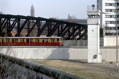 Berlin, S-Bahn entering the eastern sector, with the wall and a watchtower in the no-entry zone. Native American History, American Civil War, British History, Women's History, Ancient History, West Berlin, Berlin Wall, Bahn Berlin, U.s. States
