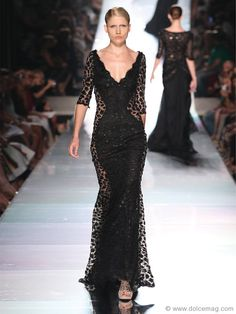 The raw talent of Jack Guisso receives howls of approval with a gown that prowls the runways of Rome with animal instinct.